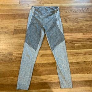 OV 7/8 legging size small